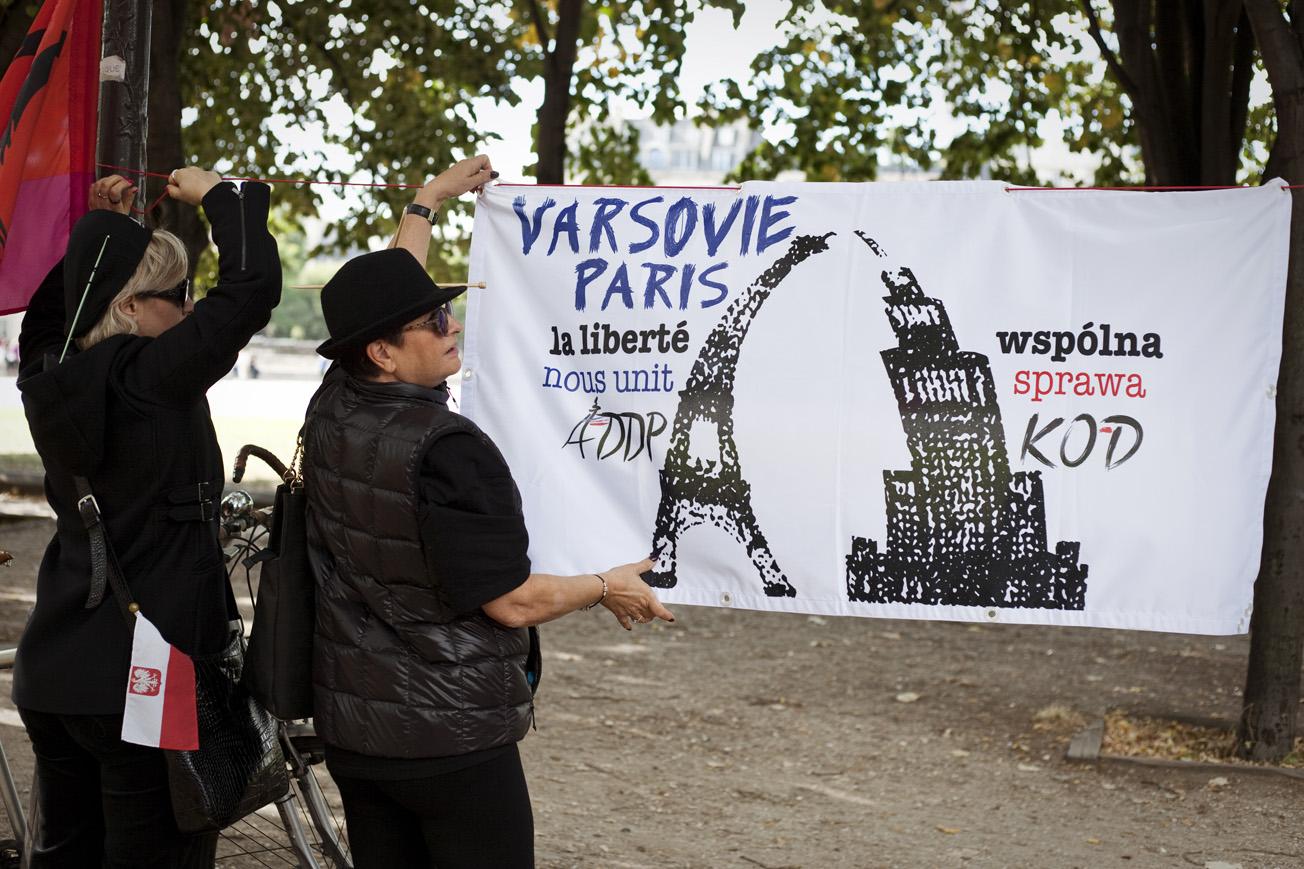pologne manif IVG Paris Copyright Estelle Car