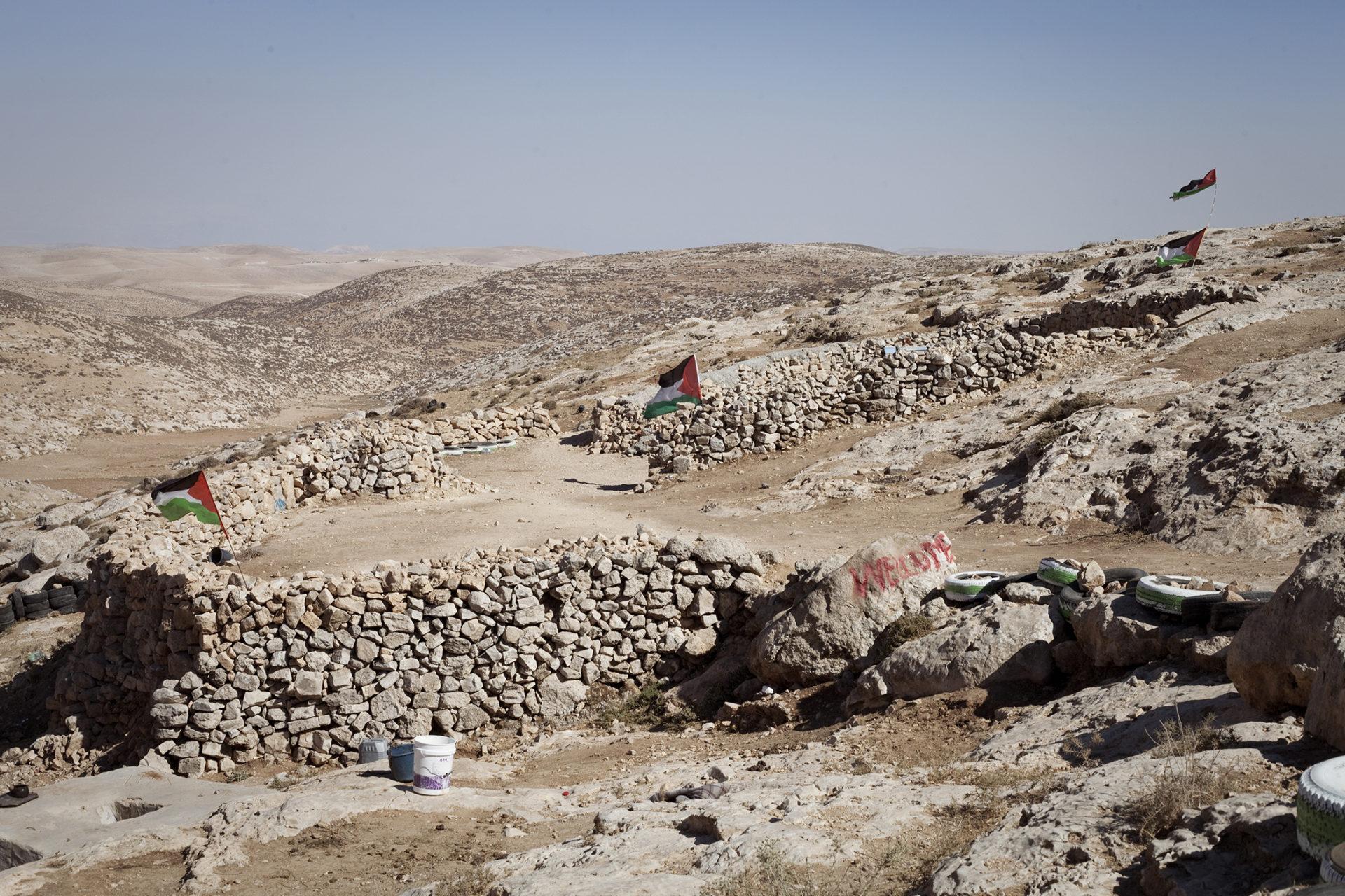 Mouvement pacifiste de Palestiniens tentant de récupérer leurs terres en Cisjordanie