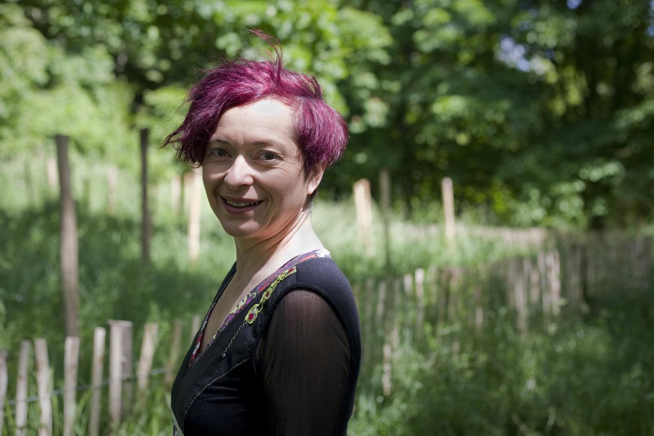 Cokie Demaia, auteure-compositrice-interprète